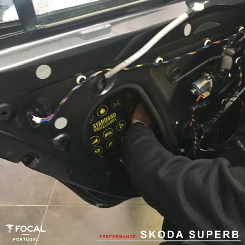 Colunas Skoda Superb Focal PS165V1