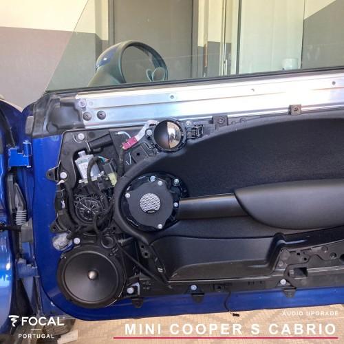 Mini Cooper S Cabrio Focal integration por Auto Eclipse