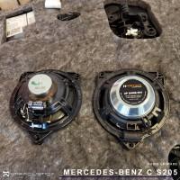 Colunas Match em Mercedes Classe C S205 por Ignition Vortex