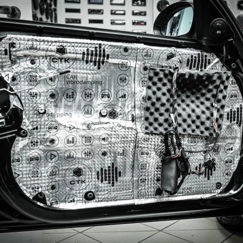 Isolamento acústico auto
